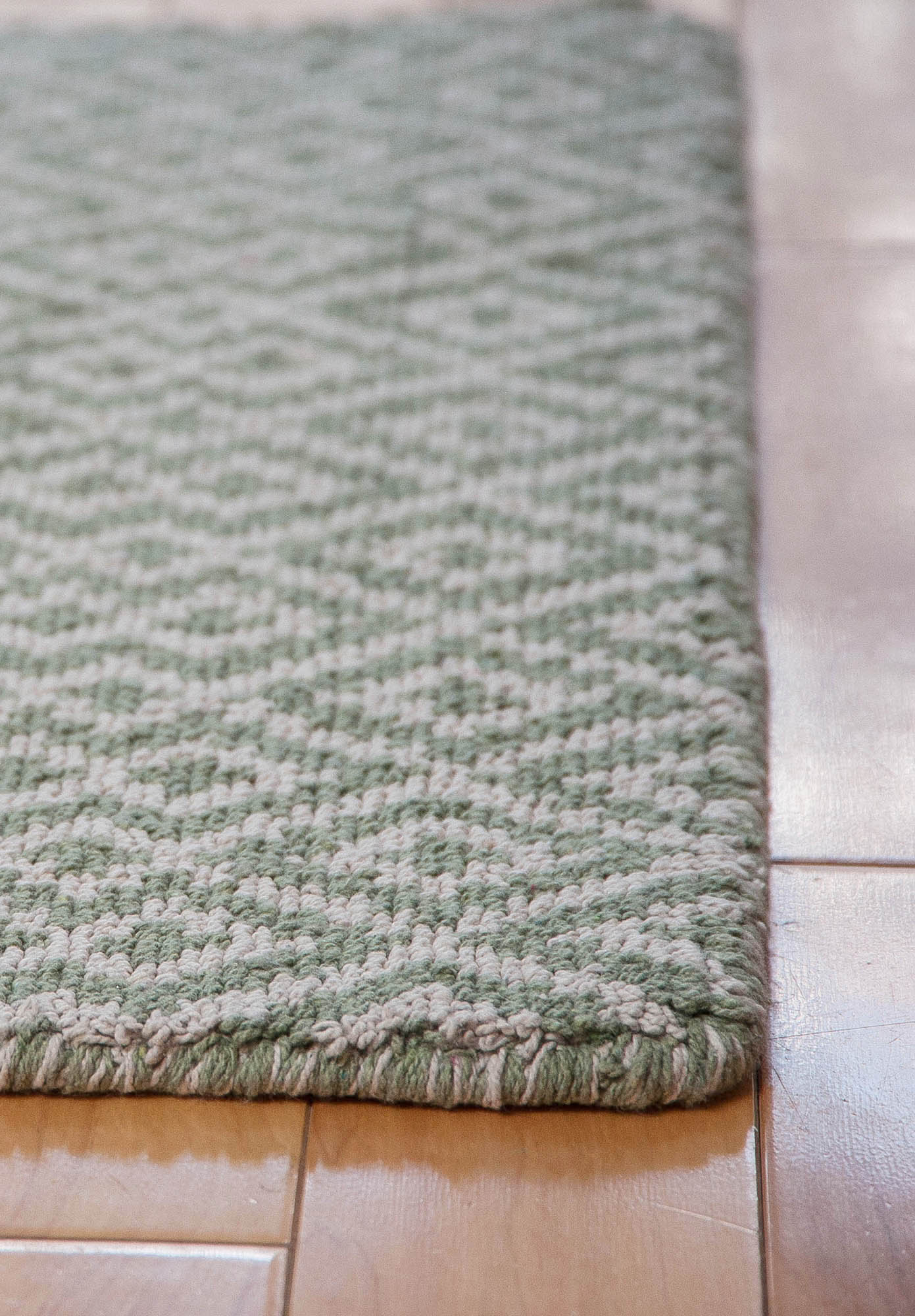 Barcelona Green Natural Eco Cotton Loom Hooked Rug Hook