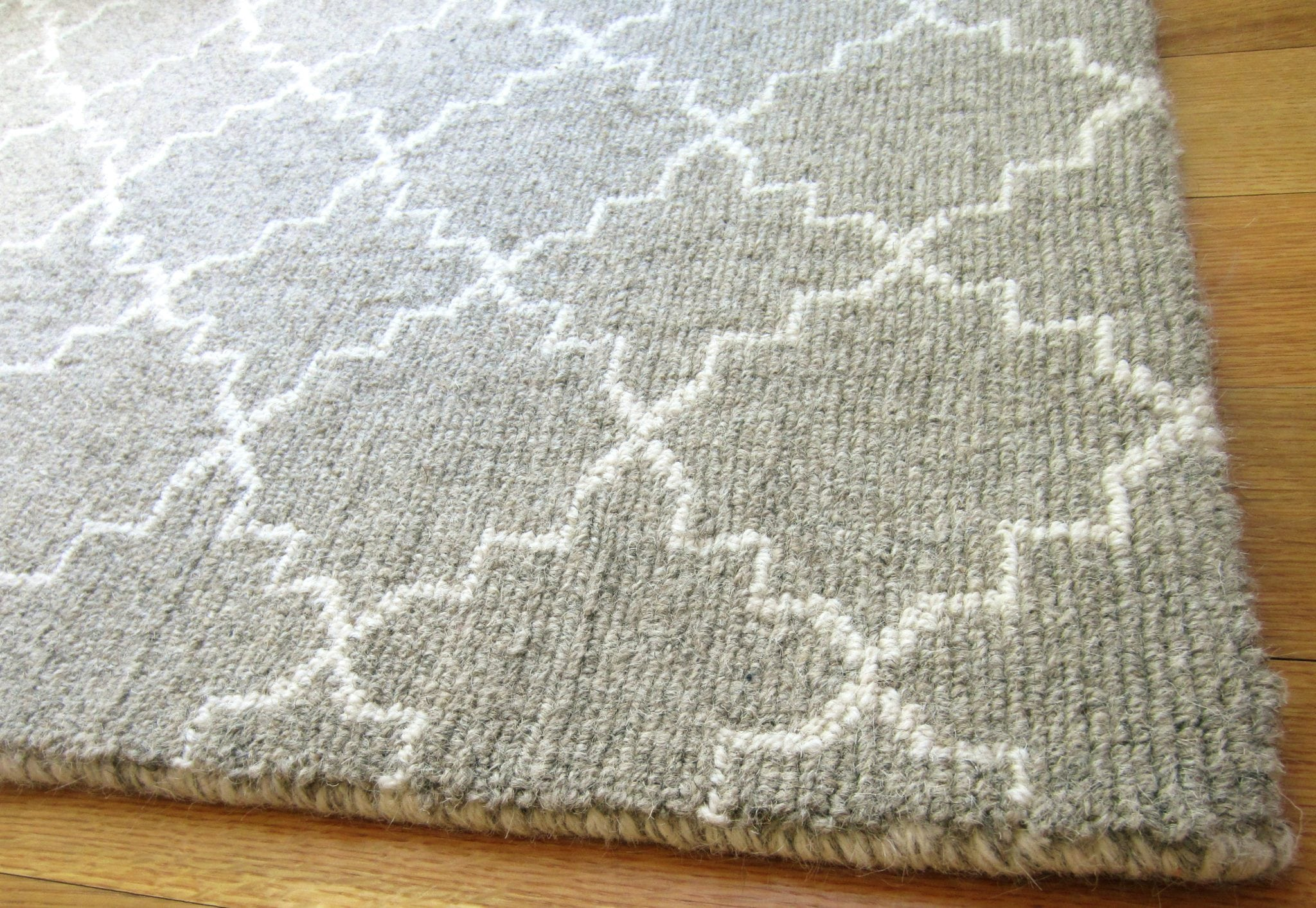 Moroccan Trellis Heatered Taupe Natural Wool Loom Hooked Rug